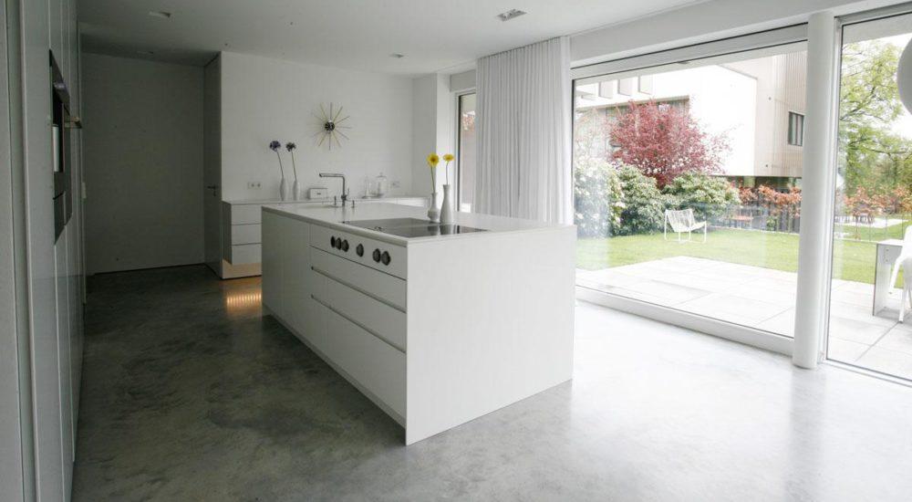 Kücheninsel mit integriertem Dunstabzug