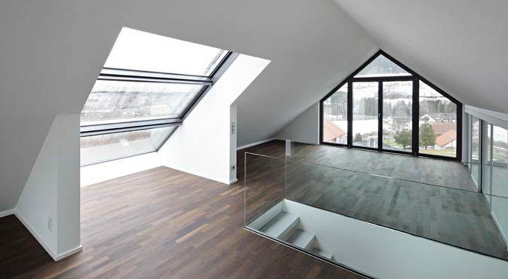 Dachbodenausbau mit Kniestockschränken