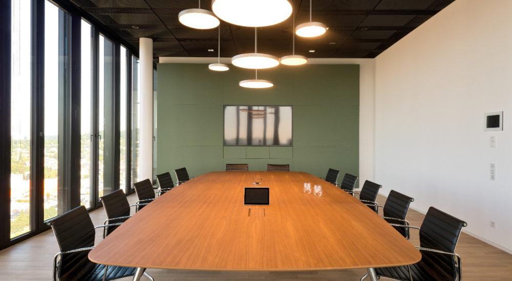 Konferenzraumtisch schlicht und modern